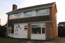 4 bed Detached home in Broadoak Avenue...