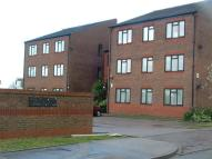 Flat to rent in Pegrams Court, Harlow
