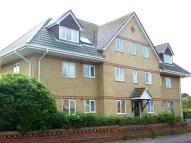 2 bedroom Flat in 2 bedroom 2nd Floor Flat...