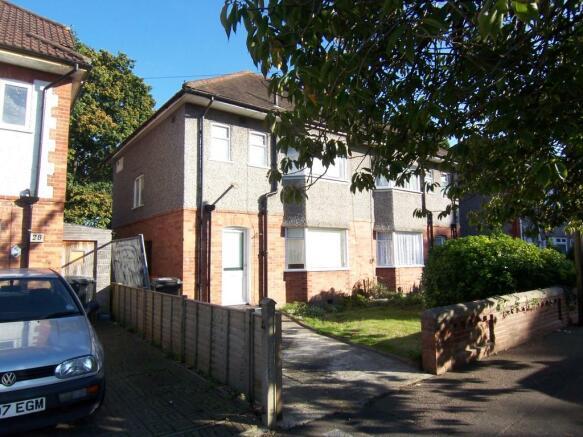 3 Bedroom Semi Detached House To Rent In Bradpole Road