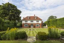 6 bed Detached property to rent in Granville Road...