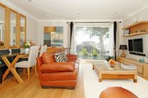 2 bed Flat in St Charles Court...