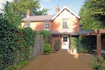 4 bedroom Detached house to rent in Leigh Hill Road, Cobham...