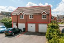 Flat to rent in Parker Way...