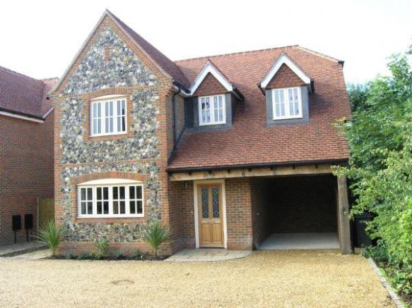 4 bedroom detached house for sale in cookham village for New four bedroom houses