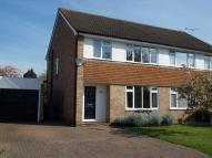 3 bedroom semi detached house in Cookham - Broomhill