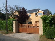 6 bedroom Detached house in Hollow Lane, Thurston...