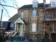 Ground Flat to rent in Coolinge Road...