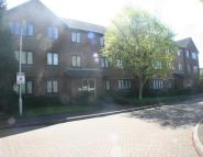 1 bedroom Apartment to rent in Lawrence Court...