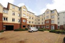 Flat in Woking, Surrey