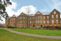 3 bedroom Flat for sale in Knaphill, Woking