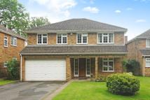 5 bed Detached property in Woodham, Surrey