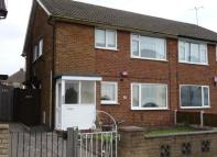 2 bed Maisonette to rent in Aldridge Road...