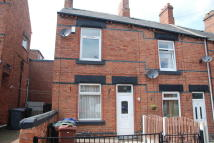 Victoria Road End of Terrace house to rent