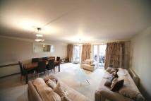 3 bedroom Flat to rent in Royal Arch Apartments...