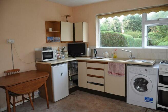 DSC_3045-Kitchen.JPG