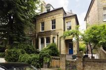 Flat to rent in Burghley Road...
