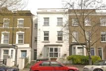 2 bed Flat to rent in Falkland Road, London...