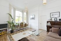 Flat for sale in Palmerston Court...