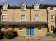 4 bed Terraced house in Cleveland Grove, London...
