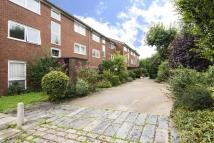 Flat for sale in Regent Square, Bow...