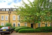 Flat to rent in Sarum Terrace...