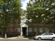 Flat to rent in College Terrace, London...