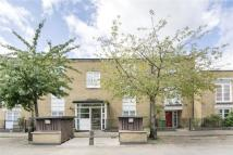 Flat for sale in Cherrywood Close, Bow...