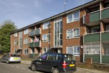 2 bedroom Flat for sale in Pemberton Court...