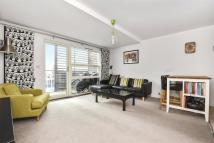 Flat for sale in Thorn Apartments...