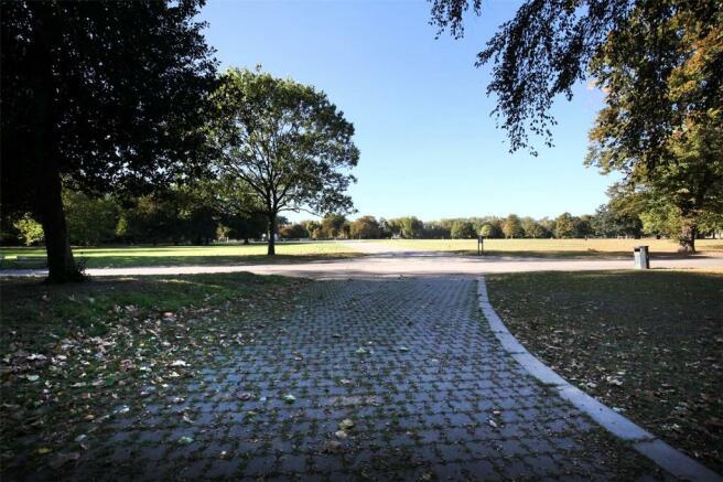 Victoria Park 4