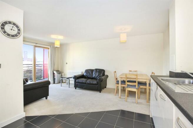 Living Area-Kitchen4