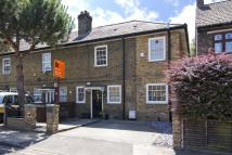 3 bedroom house in Parsonage Street...