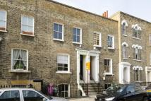Chisenhale Road Flat to rent