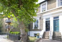 3 bedroom property to rent in Kitcat Terrace, Bow...