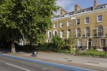 2 bedroom Flat to rent in Mile End Road, Bow...