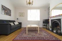 3 bedroom End of Terrace house to rent in Tredegar Terrace, Bow...