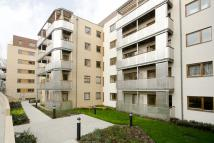 1 bed Flat to rent in Pryce House...