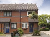 2 bed End of Terrace home in Wrexham Road, Bow...