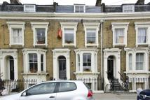 Flat to rent in Tomlins Grove, Bow...