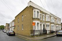 2 bed End of Terrace home to rent in Mossford Street, Bow...