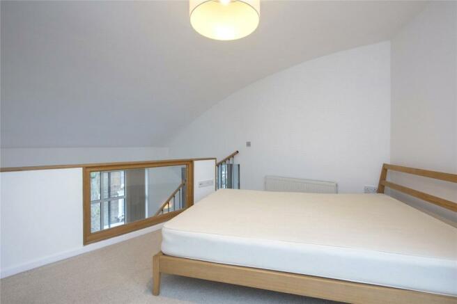 Bedroom/Mezzanine-