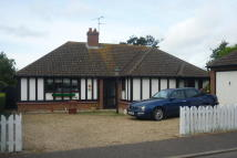 Detached Bungalow in The Coverts, West Mersea...
