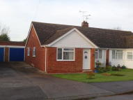 Strood Close Semi-Detached Bungalow to rent