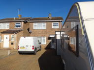 3 bedroom Detached house to rent in Reymead Close...