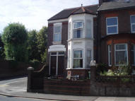 Russell Street End of Terrace house to rent