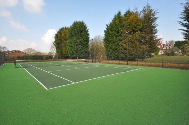 Floodlit Tennis C...