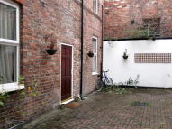 1 bed Flat to rent in Ashley Rd, Altrincham...