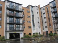 2 bedroom Flat in Manor Court...