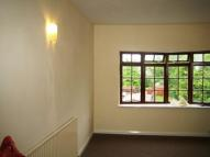Flat to rent in Shaftesbury Avenue...